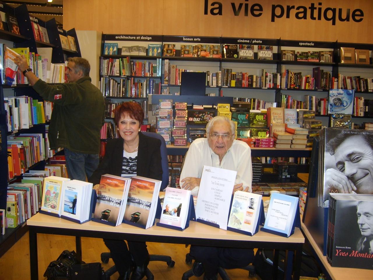 Dédicaces au Centre CULTURA BEZIERS 12 novembre 2011